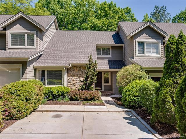 6504 Racquet Wood Court, Charlotte, NC 28226 (#3503954) :: Team Honeycutt