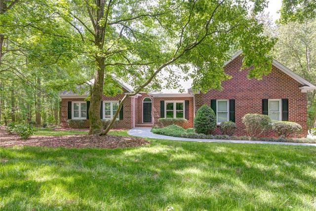 18009 Davidson Concord Road, Davidson, NC 28036 (#3503969) :: LePage Johnson Realty Group, LLC