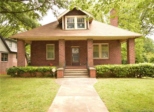 325 S Summit Avenue, Charlotte, NC 28208 (#3504042) :: Caulder Realty and Land Co.