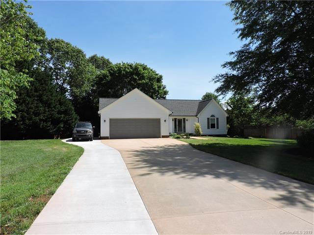 6567 Forest Creek Drive, Denver, NC 28037 (#3504132) :: Washburn Real Estate