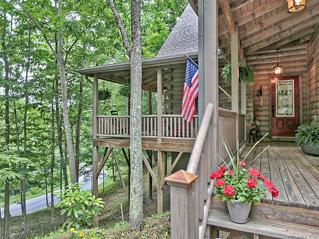 21 Kanusati Trail, Maggie Valley, NC 28751 (#3504583) :: Rinehart Realty