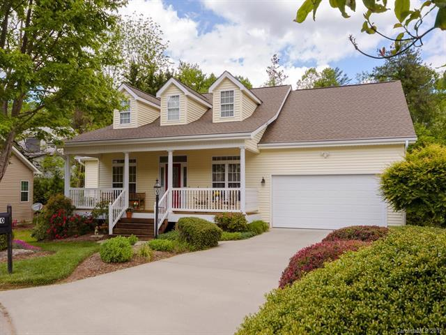 30 Waterbury Court, Hendersonville, NC 28791 (#3504586) :: Team Honeycutt