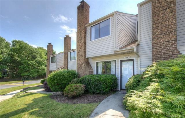 11005 Carmel Crossing Road, Charlotte, NC 28226 (#3504602) :: Caulder Realty and Land Co.