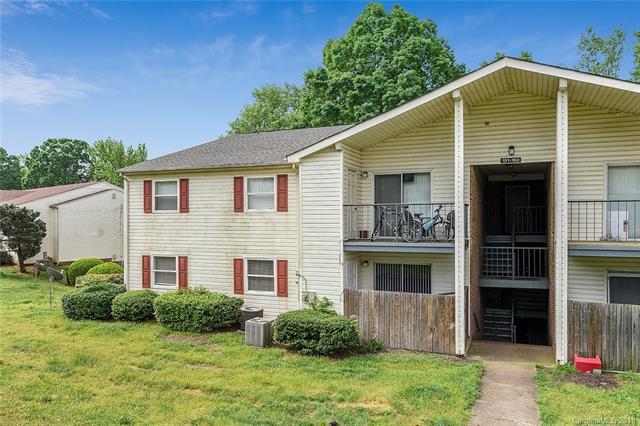 7988 Shady Oak Trail #153, Charlotte, NC 28210 (#3504733) :: Scarlett Real Estate