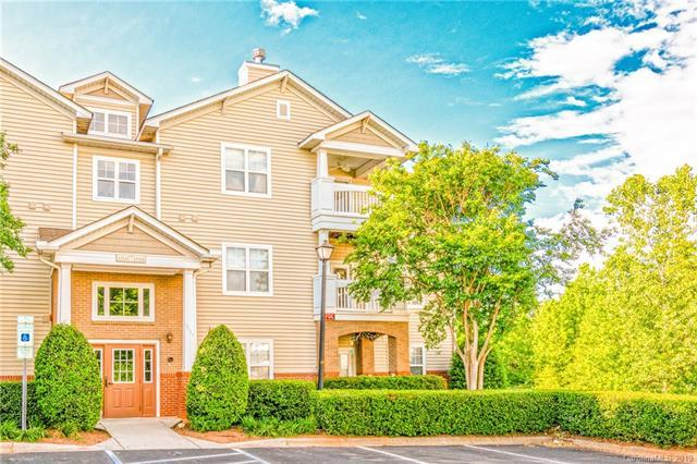 17153 Doe Valley Court, Cornelius, NC 28031 (#3504821) :: Homes Charlotte
