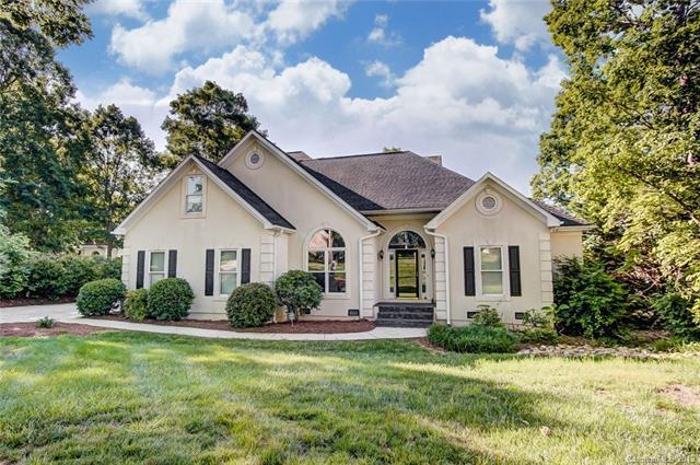 8122 Waterford Drive, Stanley, NC 28164 (#3504934) :: Cloninger Properties