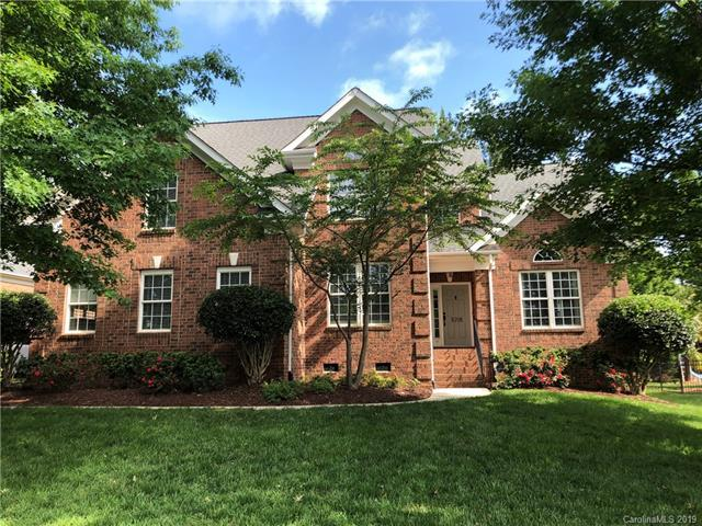 8208 Denholme Drive, Waxhaw, NC 28173 (#3504977) :: LePage Johnson Realty Group, LLC