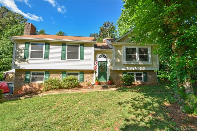 9111 Touchstone Lane, Charlotte, NC 28227 (#3505175) :: LePage Johnson Realty Group, LLC