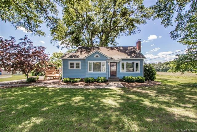 2914 NE Spencer Road, Conover, NC 28613 (#3505221) :: The Andy Bovender Team