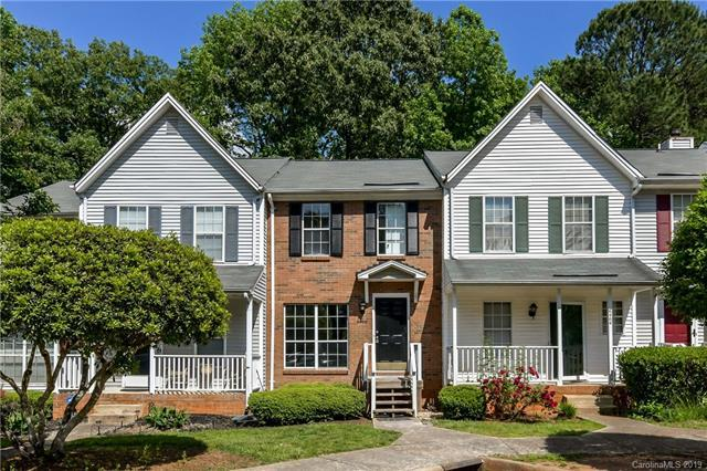 6466 Windsor Gate Lane, Charlotte, NC 28215 (#3505353) :: Homes Charlotte