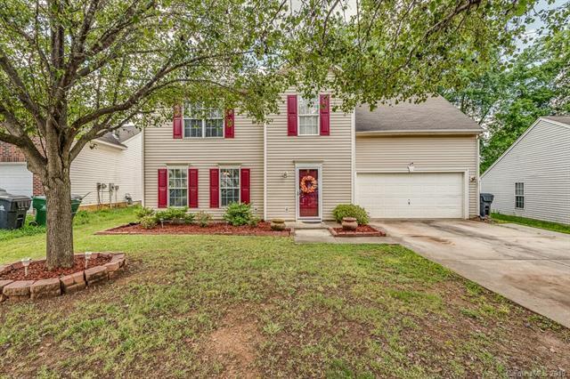 8331 Fox Swamp Road, Charlotte, NC 28215 (#3505883) :: LePage Johnson Realty Group, LLC