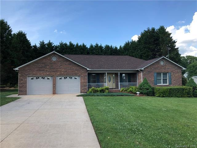 111 Marian Lane, Statesville, NC 28625 (#3505890) :: Odell Realty