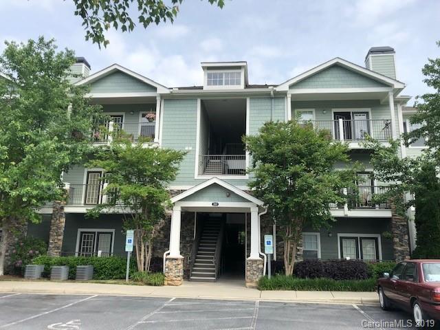 500 Vista Lake Drive #308, Candler, NC 28715 (#3505989) :: Homes Charlotte