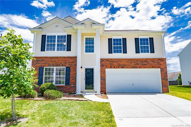 9805 Bayview Parkway, Charlotte, NC 28216 (#3506490) :: LePage Johnson Realty Group, LLC