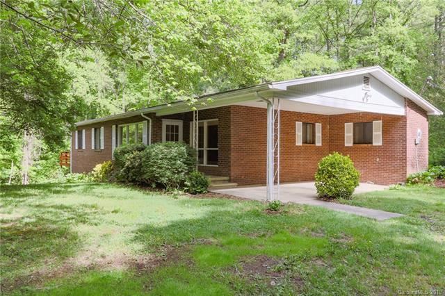 16 Woods Road, Fairview, NC 28730 (#3506615) :: Keller Williams Professionals