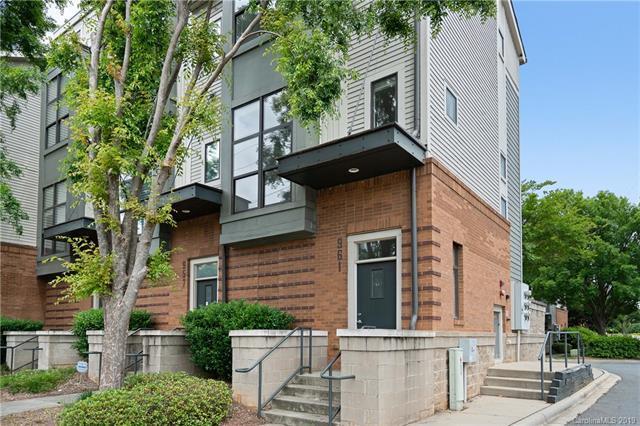 961 E 7th Street, Charlotte, NC 28204 (#3506619) :: Besecker Homes Team