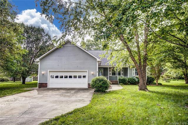 8221 Laurel Oak Court, Harrisburg, NC 28075 (#3506791) :: Team Honeycutt