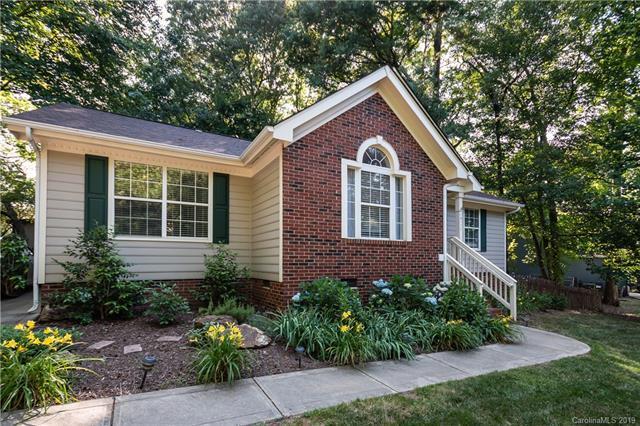16111 Amber Field Drive, Huntersville, NC 28078 (#3506803) :: LePage Johnson Realty Group, LLC