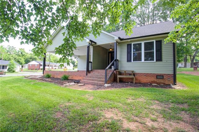 312 Shady Lane, Lincolnton, NC 28092 (#3506955) :: LePage Johnson Realty Group, LLC