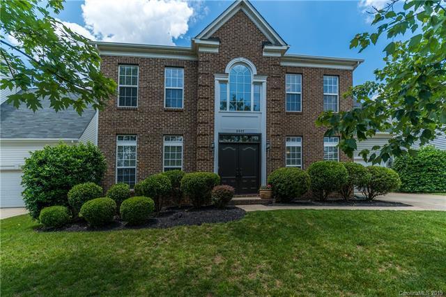 8807 Cool Meadow Drive, Huntersville, NC 28078 (#3506961) :: MartinGroup Properties