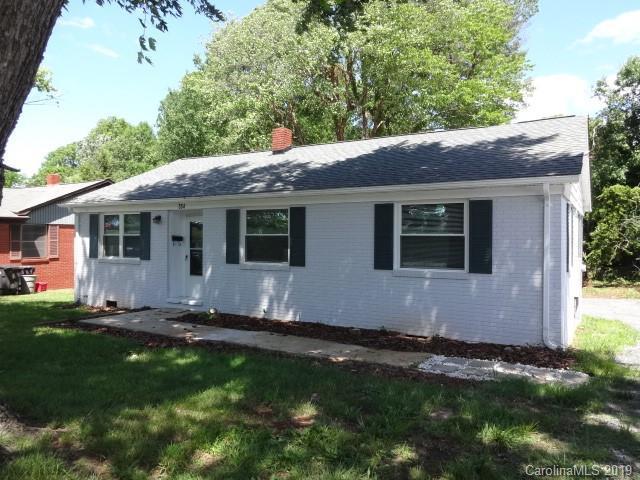 554 Brookdale Drive, Statesville, NC 28677 (#3507029) :: LePage Johnson Realty Group, LLC
