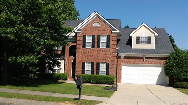 12543 Cedar Post Lane, Charlotte, NC 28215 (#3507239) :: Homes Charlotte