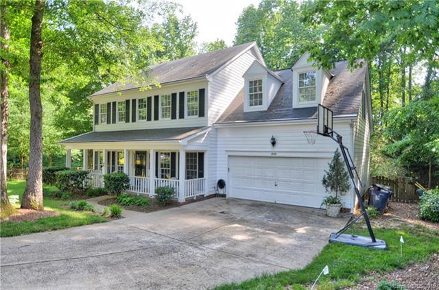 15701 Berryfield Street, Huntersville, NC 28078 (#3507309) :: High Performance Real Estate Advisors