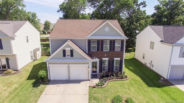 5710 Bentgrass Run Drive, Charlotte, NC 28269 (#3507330) :: Odell Realty