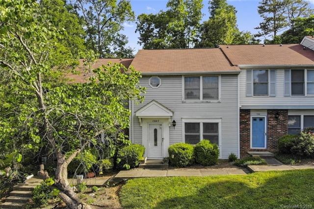 7304 Pebblestone Drive E, Charlotte, NC 28212 (#3507339) :: LePage Johnson Realty Group, LLC