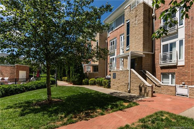 3951 Picasso Court #3951, Charlotte, NC 28205 (#3507459) :: Miller Realty Group
