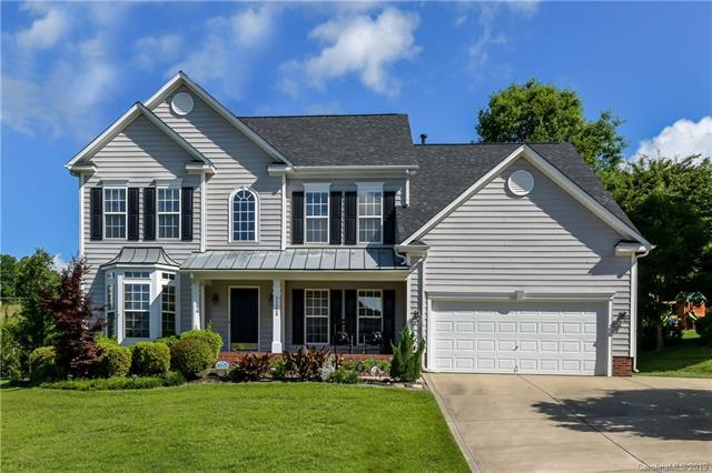 11523 Foggy Bank Lane, Charlotte, NC 28214 (#3507517) :: Besecker Homes Team
