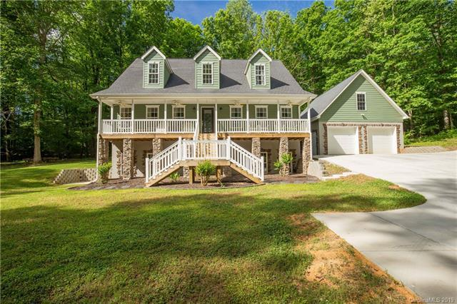 4061 Poplar Ridge Drive, Fort Mill, SC 29715 (#3507649) :: Team Honeycutt