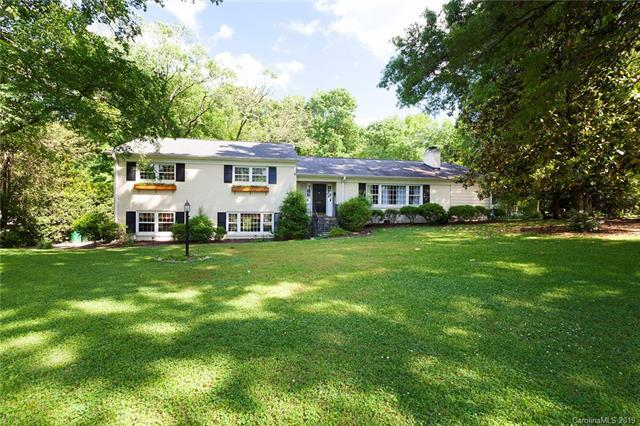 800 Longbow Road, Charlotte, NC 28211 (#3507706) :: Odell Realty
