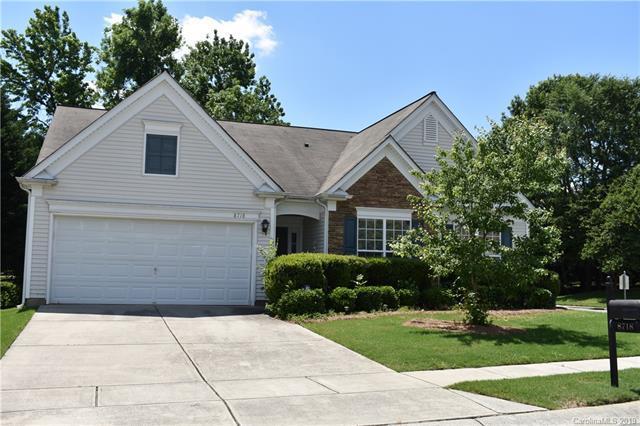 8718 Heron Glen Drive, Charlotte, NC 28269 (#3508022) :: MECA Realty, LLC