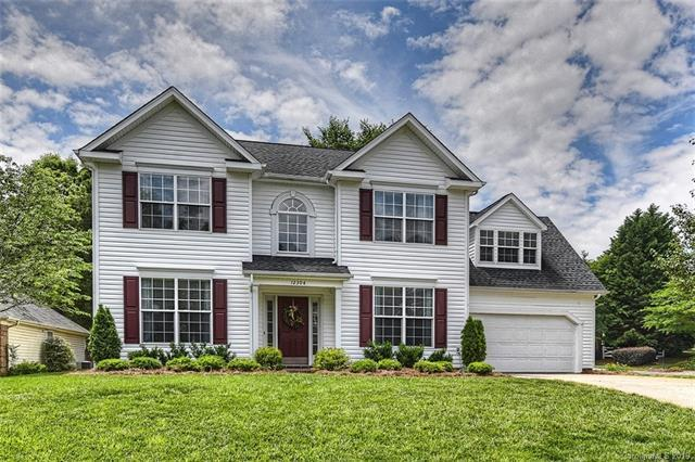 12304 Creektree Court, Charlotte, NC 28278 (#3508060) :: LePage Johnson Realty Group, LLC