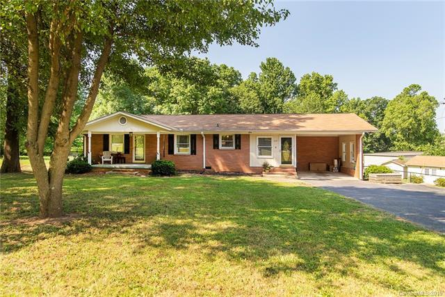 317 Pitts School Road NW, Concord, NC 28027 (#3508081) :: Team Honeycutt