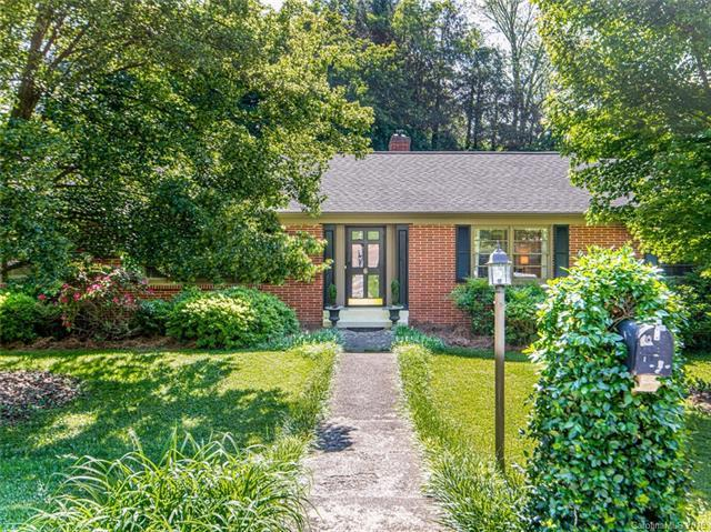 6 Bevlyn Drive, Asheville, NC 28803 (#3508186) :: The Andy Bovender Team
