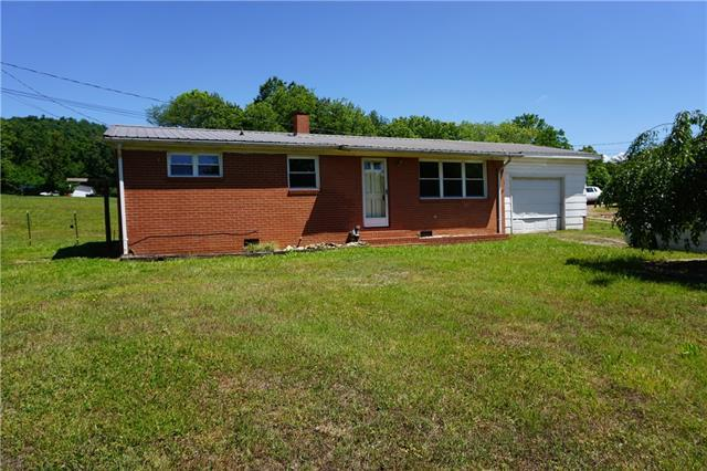 127 Triplett Drive, Lenoir, NC 28645 (#3508270) :: Besecker Homes Team