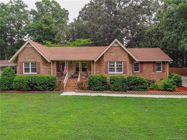 1005 Oak Hill Drive, Monroe, NC 28112 (#3508294) :: Homes Charlotte