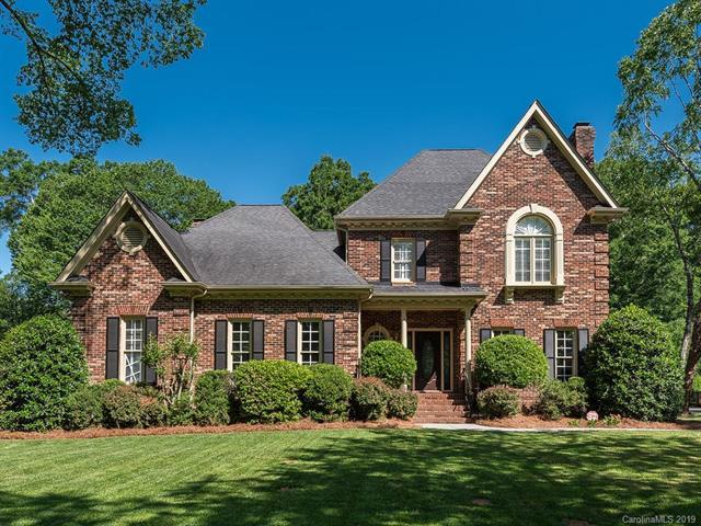 5804 Providence Country Club Drive, Charlotte, NC 28277 (#3508529) :: Stephen Cooley Real Estate Group