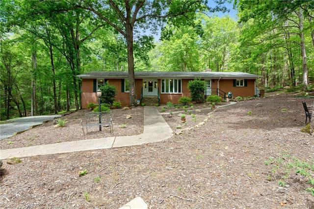 292 Huntington Road, Lake Lure, NC 28746 (#3508538) :: Washburn Real Estate