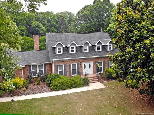 6040 Morris Farm Lane, Mint Hill, NC 28227 (#3508711) :: LePage Johnson Realty Group, LLC