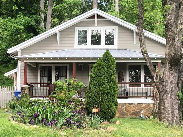 26 Governors View Road, Asheville, NC 28805 (#3508712) :: Bluaxis Realty