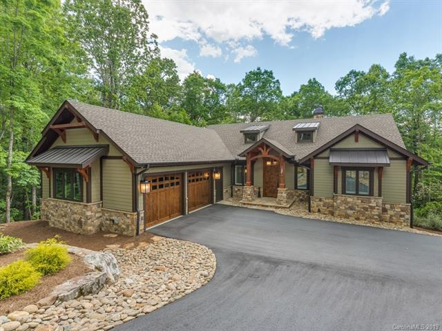 400 Raven Cliff Drive, Hendersonville, NC 28739 (#3508810) :: Caulder Realty and Land Co.