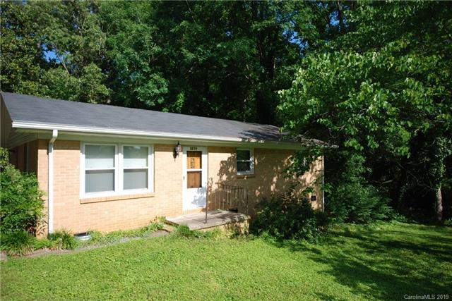 3219 Flowe Street, Gastonia, NC 28052 (#3508876) :: Scarlett Real Estate
