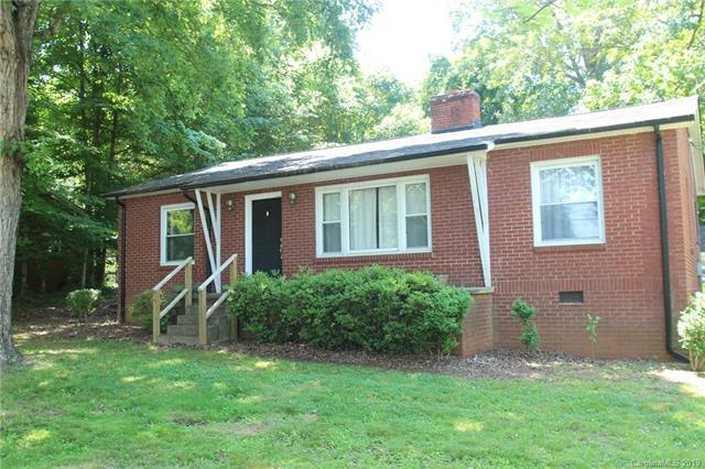 706 12th Avenue NE, Hickory, NC 28601 (MLS #3509130) :: RE/MAX Journey