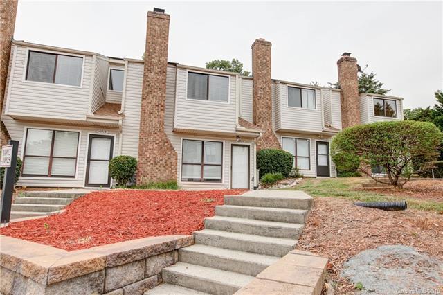 10921 Carmel Crossing Road, Charlotte, NC 28226 (#3509141) :: LePage Johnson Realty Group, LLC