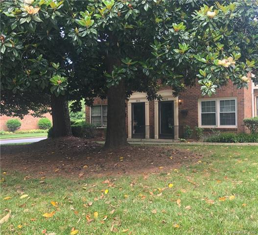 6810 Farmingdale Drive B, Charlotte, NC 28212 (#3509146) :: Scarlett Real Estate