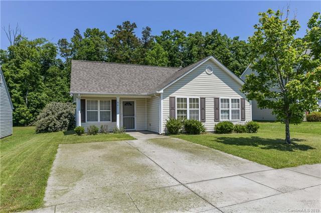 416 Leecrest Drive, Charlotte, NC 28214 (#3509153) :: Scarlett Real Estate