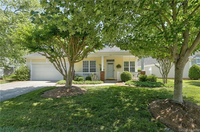 630 Ridgely Green Drive, Pineville, NC 28134 (#3509329) :: Puma & Associates Realty Inc.
